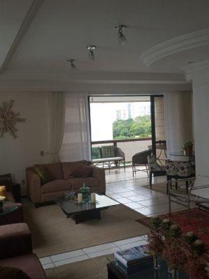 Apartamento Venda com 220 metros quadrados com 4 quartos sendo 3 suítes com 3 vagas em Parnamirim -